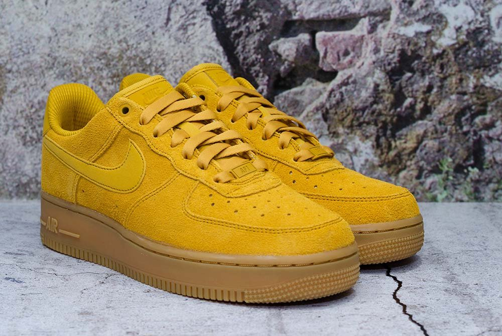 nike air force 1 hombre amarillas
