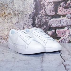 NIKE W BLAZER LOW WHITE/WHITE